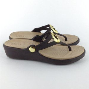 Crocs Sanrah Brown Wedge Sandal.